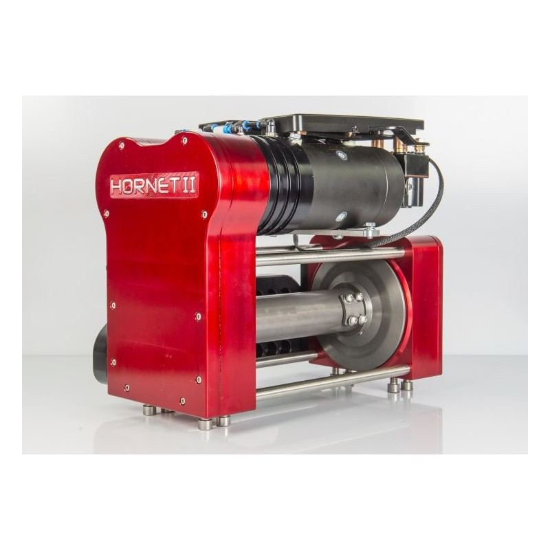 RED WINCHES HORNET